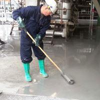 aanbrengen industrievloer antislip gietvloer